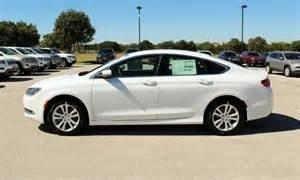 2015 Chrysler 200 White 2015 White Chrysler 200 The Killeen Daily Herald Sedan