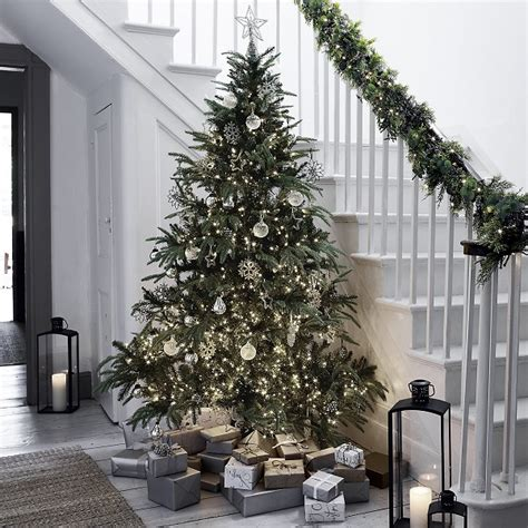 7 simple christmas decorating ideas from the white company