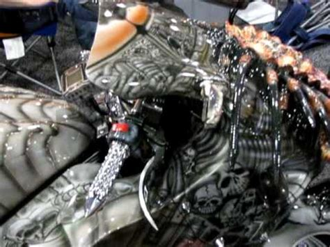 Motorrad Tuning Masken by Nyc Motorcycle Show 2010 The Predator Cycle