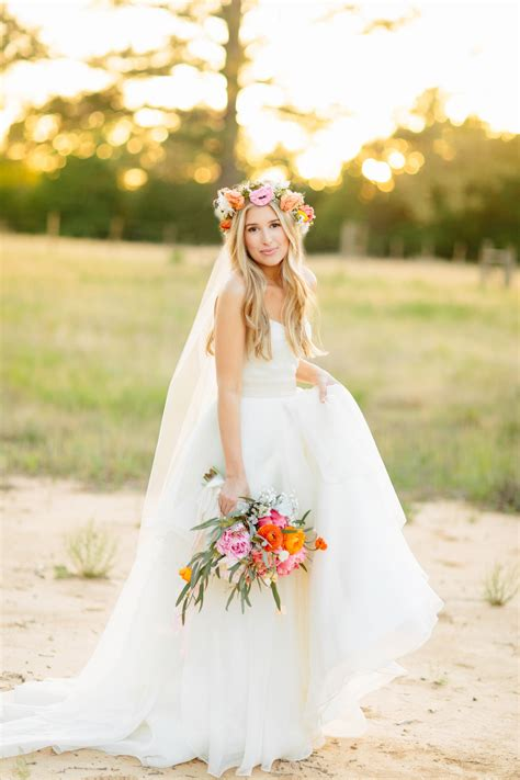 Wedding Hairstyles Veil And Flower by Hairstyles With Veil And Flower Hairstyles