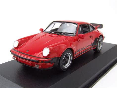 Porsche Modellauto 911 by Porsche 911 930 Turbo 3 3 1979 Rot Modellauto 1 43