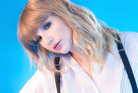 download mp3 gorgeous taylor swift taylor swift premieres new reputation track gorgeous