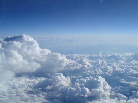 samudra diatas awan wallpaper h 236 nh ảnh phong cảnh đường ch 226 n trời đ 225 m m 226 y bầu trời