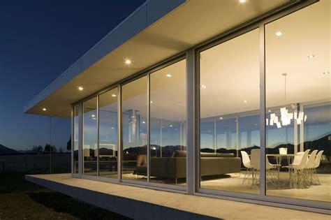 modern glass house   zealand homedezen