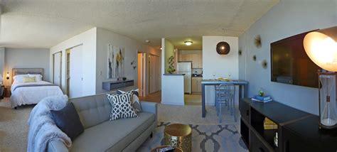 rent  luxury apartments   grant park yochicago