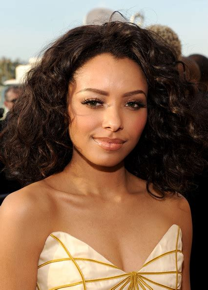 kat graham actress kat graham pictures 42nd naacp image awards red carpet