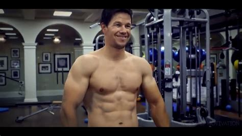 iko uwais main film mile 22 mark wahlberg and iko uwais body transformation for mile