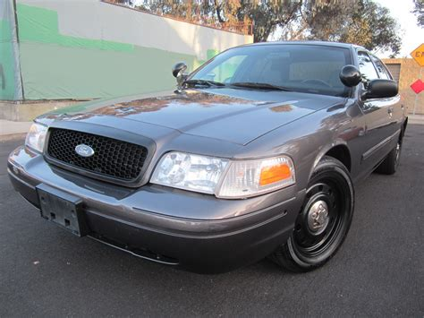 2009 ford crown pictures cargurus