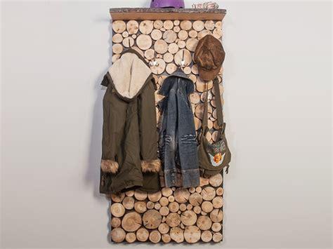 garderobe holz selber machen garderobe in holzstapeloptik selber bauen