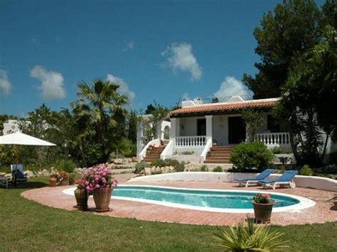 giardini e piscine piscine e giardini piscina e giardino with piscine e