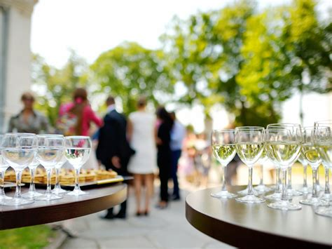 Wedding Crashers Instant by 10 Ways To Spot A Wedding Crasher Huffpost