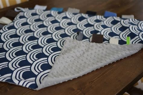 diy blanket diy baby sensory blanket 183 how to make a quilted blanket