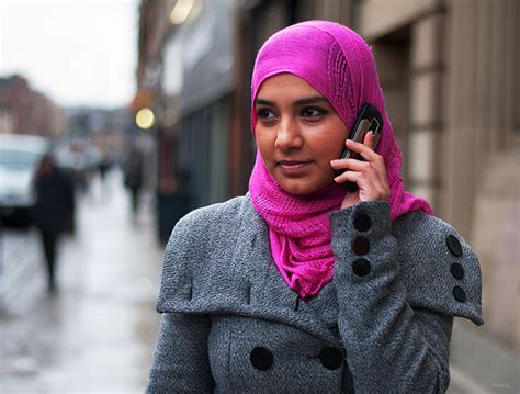 Segiempat Rubia tips memilih warna jilbab sesuai warna kulit wajah