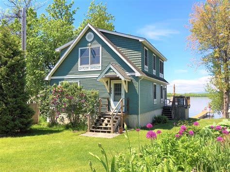 cottage rentals in vermont vacation rentals in vt on lake chlain