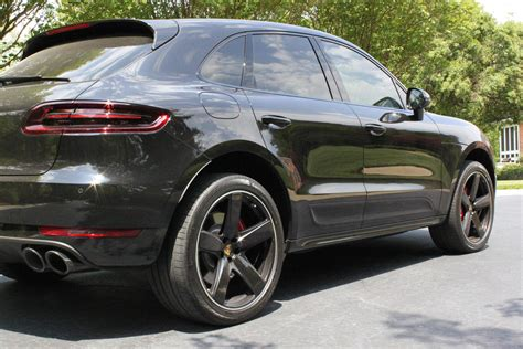 porsche macan all black 2016 macan turbo black rennlist porsche discussion