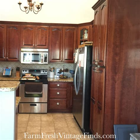 Finishes For Kitchen Cabinets Painting Kitchen Cabinets With General Finishes Milk Paint Farm Fresh Vintage Finds
