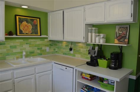 crafty dee faux glass tile backsplash