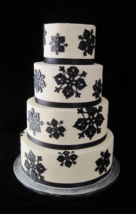 Black And White Wedding Cakes by Black The Twisted Sifter