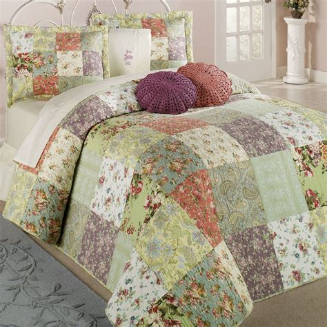 Patchwork Bed - blooming prairie patchwork bedspread bedding set