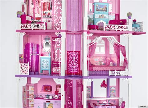 old barbie doll houses barbie dreamhouse 2013 gets a makeover now that our favorite doll is staying in malibu
