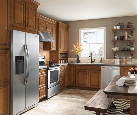 Can I Put A Glaze On Kitchen Cabinets by Warm Brown Glazed Kitchen Cabinets Aristokraft Cabinetry