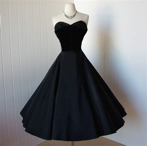 Brocade Cape Longdress vintage 1950s dress exquisite black taffeta and velvet