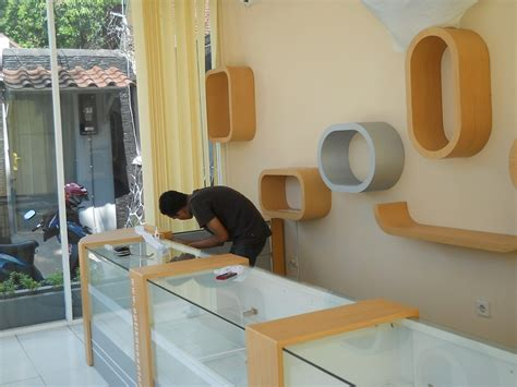 Jual Rak Etalase Toko desain etalase toko rumah zee
