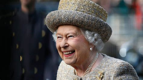 queen elizabeth queen elizabeth net worth bankrate com