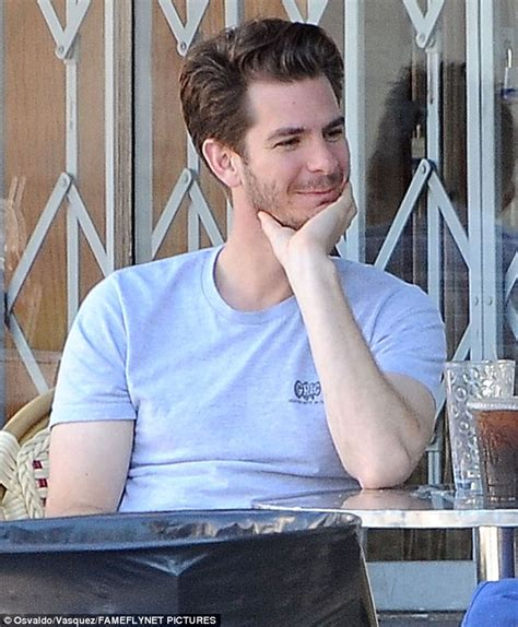 alia shawkat tattoo andrew garfield has coffee date with comedic alia