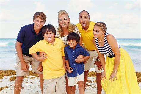 I Family family portraits at jw marriott cancun the tijerina