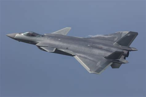 Reviews and analysis of China J20 stealth fighter ... J 20