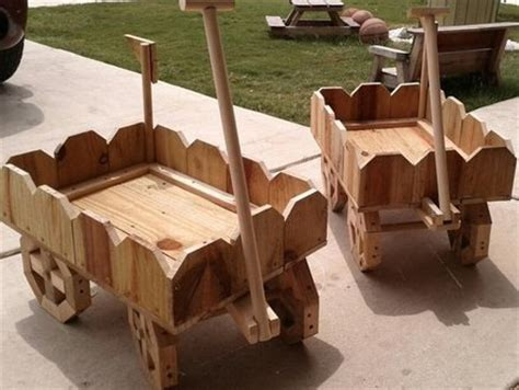 how to make a wooden wagon planter plans diy free download