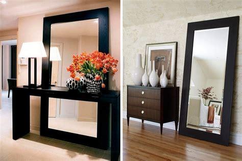 decorar la sala con espejos decora con espejos apoyados en el suelo
