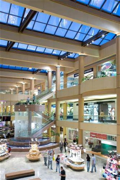 scottsdale fashion square  upscale mall overview