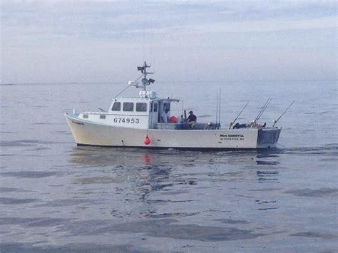 wicked tuna boat sinks wicked tuna boat rescues 2 as miss sambvca sinks local