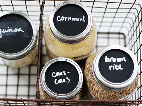 chalkboard paint jar lids diy chalkboard jar lids