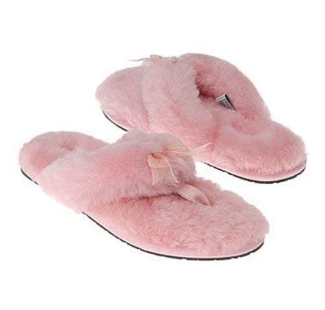 fluffy ugg slippers ugg fluffy slippers pink