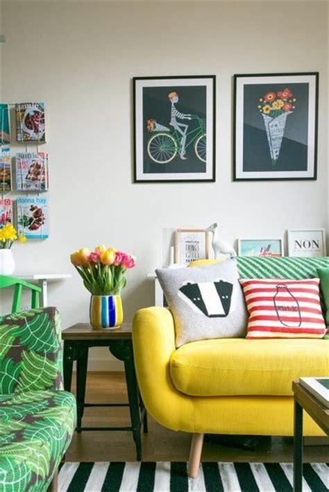 in the rooms na sof 225 amarelo na decora 231 227 o da sala decora 231 227 o de interiores dicas ideias e inspira 231 245 es