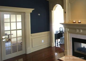 red curtains living room wake dbf shoot pinterest wainscoting living rooms and columns on pinterest