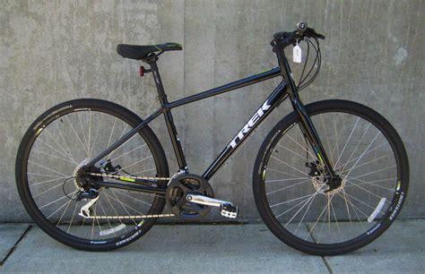 for trek trek 7 2 fx hybrid bikes at classic cycle bainbridge