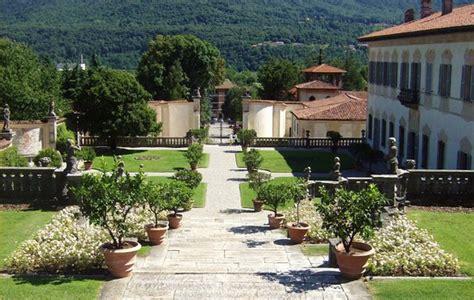 ingresso ville foto i viali d ingresso alla villa a casalzuigno 550x349