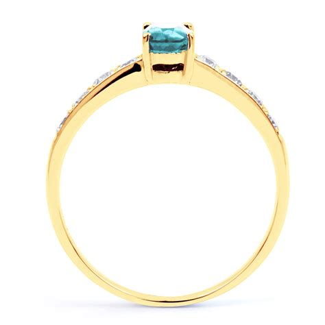 new 18 carat yellow gold aquamarine engagement