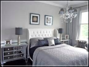 Magnificent grey bedroom ideas for romantic and masculine room feeling