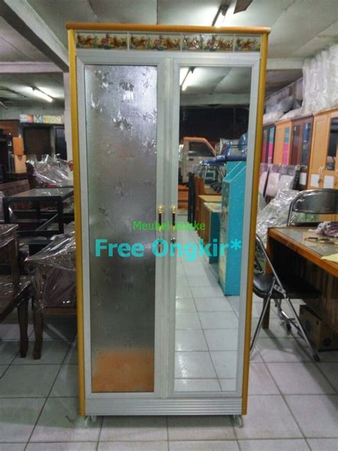 Lemari Kaca Untuk Jual Pulsa jual lemari pakaian 2 pintu kaca transparan cermin aluminium keramik meubel mebel jatake