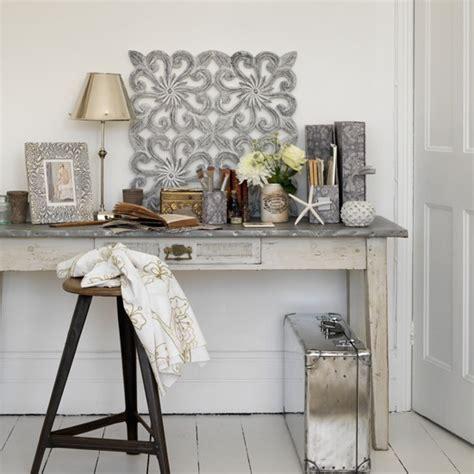 fensterbank aluminium weiß wohnzimmer farbe beige