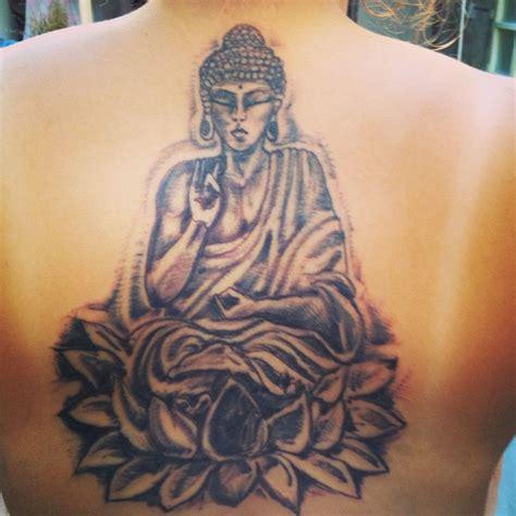 lotus tattoo meaning buddhism buddha tattoo lotus flower buddha tattoo pinterest
