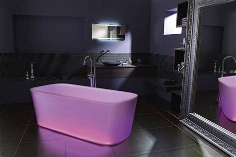 photos de baignoires lumineuses et baignoires