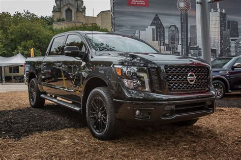 nissan titan midnight edition 2018 nissan titan midnight edition pickuptrucks