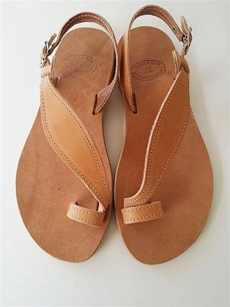 most comfortable leather sandals the 25 best comfortable sandals ideas on pinterest