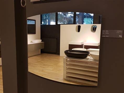 sala bagno mobile per la sala da bagno falper specchio a prezzo scontato